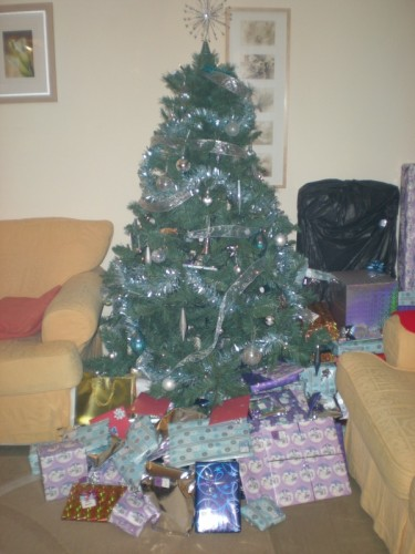 Tree Loaded with Prezzies